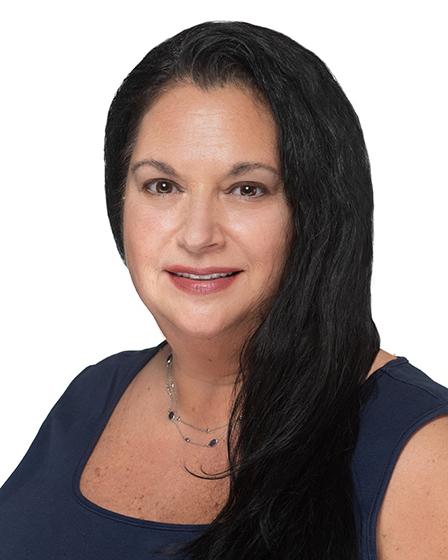 Elaine Sonzogni, APN